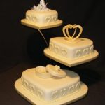 3053 3 tier heart wedding cakes
