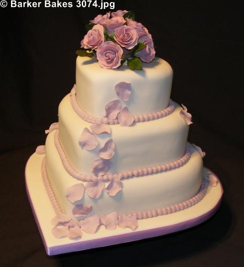 3074 3 tier heart wedding cakes