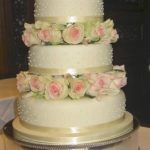 3019 -3 tier wedding cakes with fresh flowers