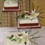 3005 wedding cakes with sugar flowers