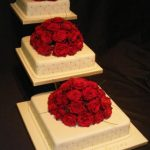 3129 3 tier wedding cakes with fresh flowers