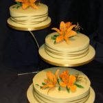 3011 wedding cakes with sugar flowers