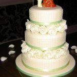 3142 3 tier wedding cakes with fresh